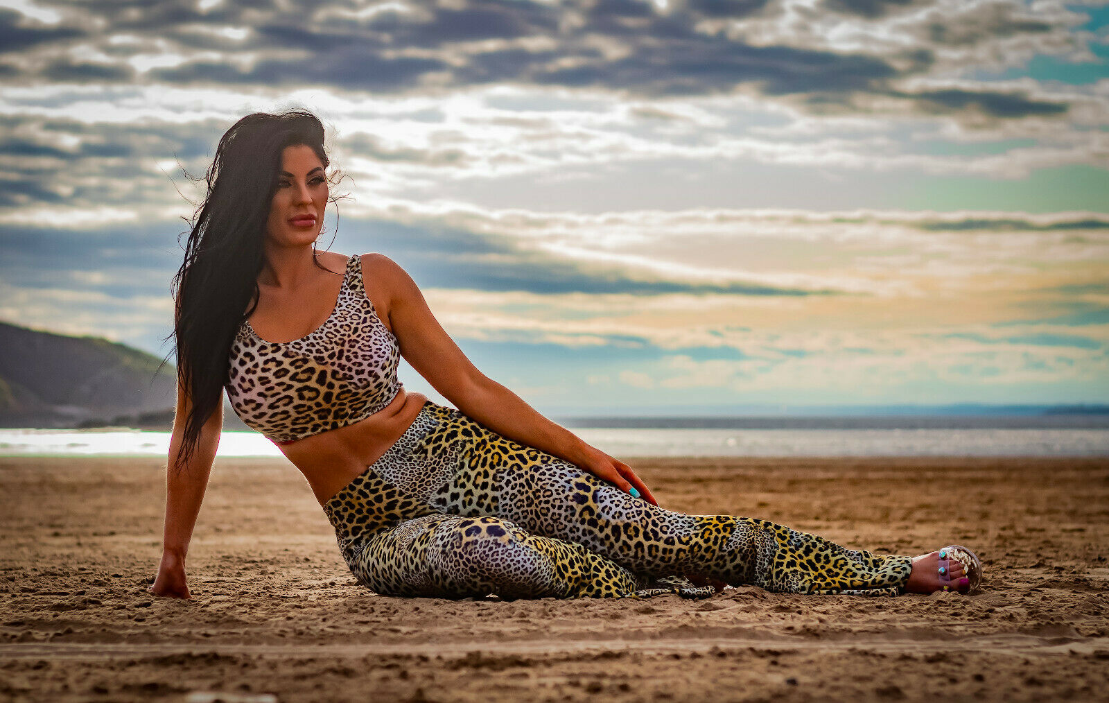 Classic Original Leopard Animal Skin All Printed Crop Top Flare Leggings Coord Set
